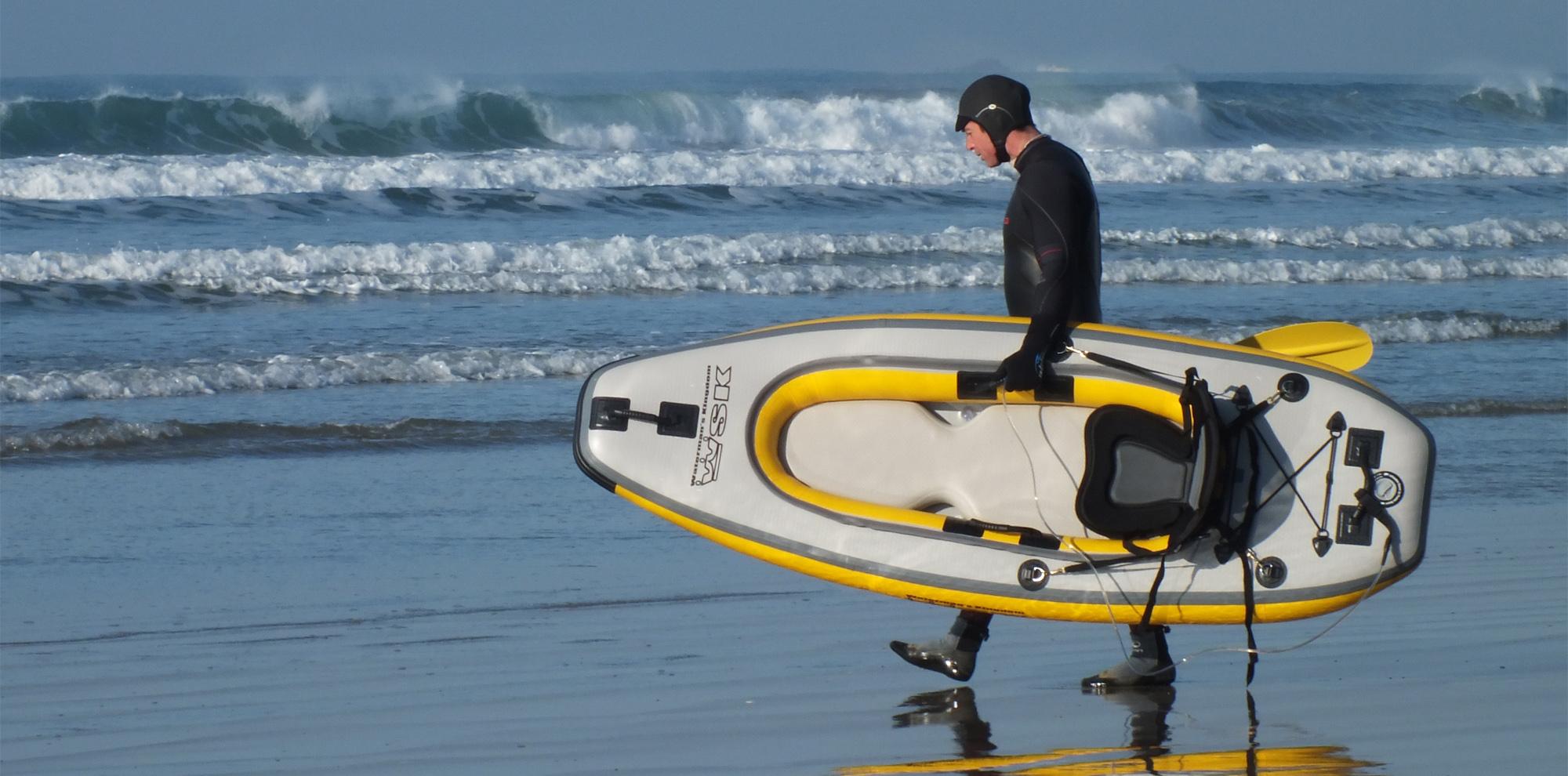Des kayaks gonflables rigides